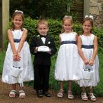 結婚式の子供の靴のマナーは?服装はどうする?