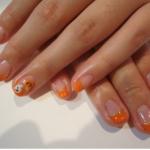 ハロウィン オレンジ色のネイルデザインは?おすすめ仮装用ネイル