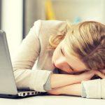 休んでも疲れがとれない原因と効果的な休み方
